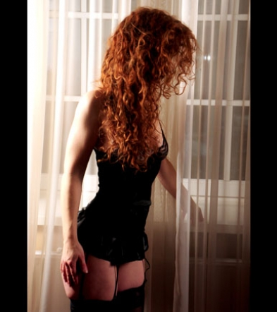 Escort lady Cleo with lingerie